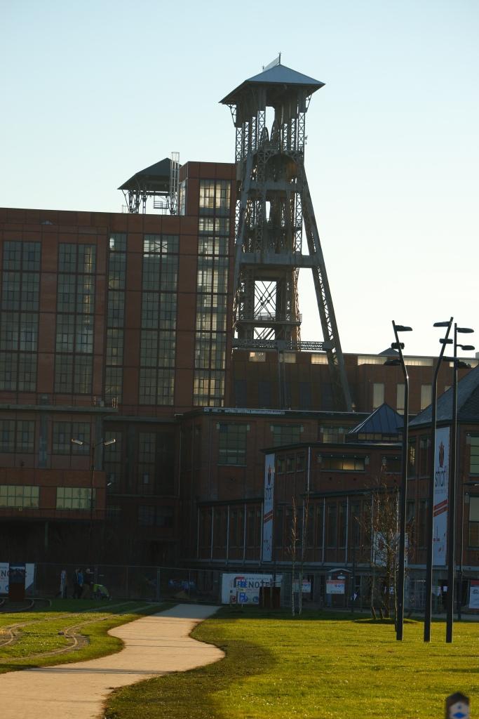 wandelen b-mine terril 2 natuurwandeling Limburg België Benelux