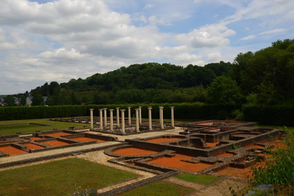 reisidee reistips daguitstap Echternach stadswandeling Luxemburg mullerthal Trail meer romeinse villa